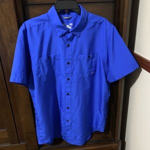 Under Armour Button Up Shirts